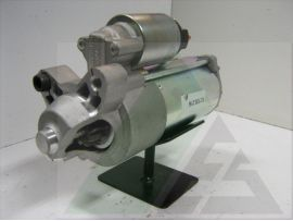 Startmotor OE Ford 12V - 2.2kW Ford Galaxy/Mondeo/S-Max 2.2TDCI 12.130.216